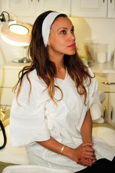 latina-model-latin-american-girl-face-model-skin-tone-tighten-skin-skin-treatment-fda-angienewlook