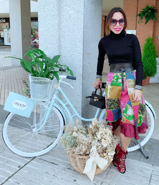 jimmy-choo-sunglasses-kelly-bag-patch-skirt-a-flor-de-piel-flores-las-rozas