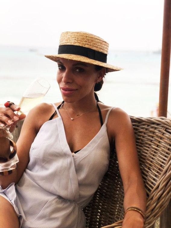 champagne-estilo-de-una-latina-en-europa