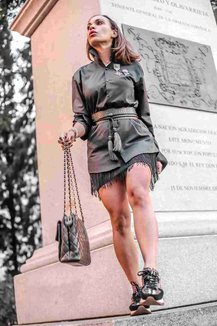 fall trends-monochron-angienewlook in madrid-dolce and gabbana sneakers-black skirt